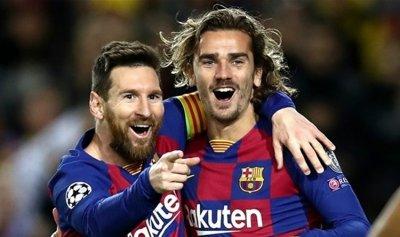 ميسي وغريزمان يتقدمان برشلونة ضد نابولي