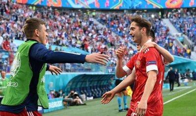 روسيا تفتتح التسجيل في مباراتها أمام فنلندا في أمم أوروبا