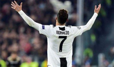 رونالدو يسجل إنجازاً تاريخياً
