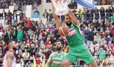 مشجع لبناني يتبرع بـ100 تذكرة لجمهور الوحدات