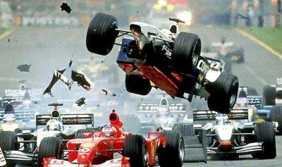 بالفيديو: أغرب حوادث تاريخ الفورمولا وان