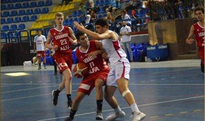 منتخب لبنان يحقق فوزه الأول