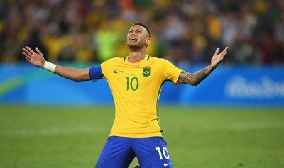 نيمار يقود البرازيل إلى كأس العالم 2022