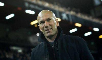 زيدان يكشف مستقبله مع ريال مدريد